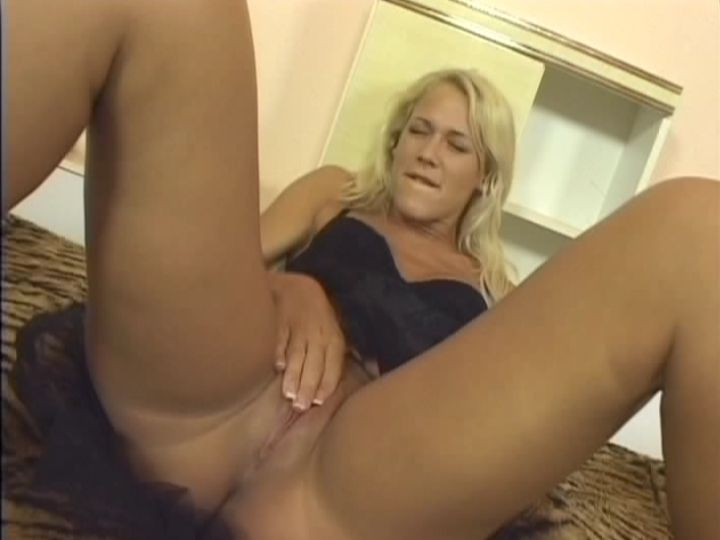 lesbian mature tied up